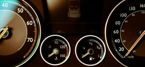 car-dashboard_1940x900_34008